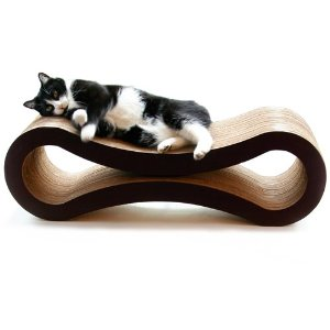 modern cat scratching post 1